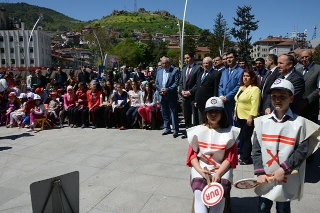 SÜRÜCÜLERE 'MİNİK' HATIRLATMA