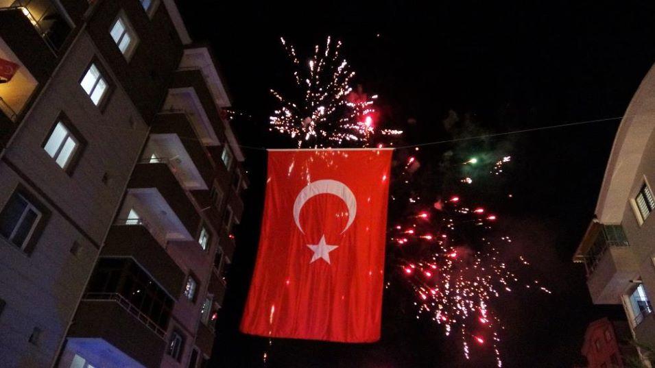 TOKAT BELEDİYESİ'NDEN 19.21'DE İSTİKLAL MARŞI COŞKUSU